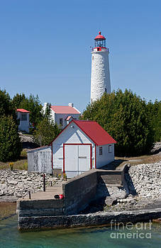 Barbara McMahon - Cove Island Lighthouse