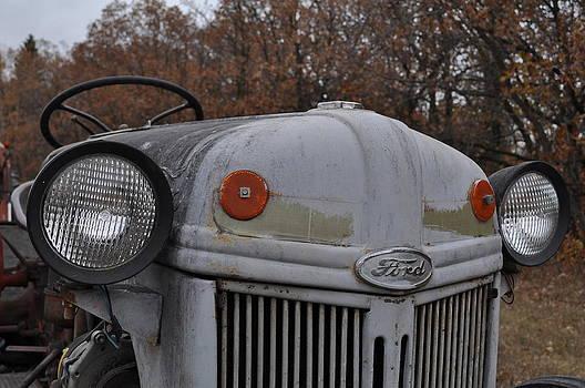 Daryl Macintyre - Ford Tractor