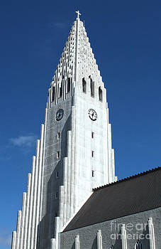 Gregory Dyer - Hallgrimskirkja Church - Reykjavik Iceland