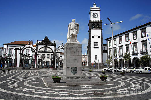 Gaspar Avila - Ponta Delgada