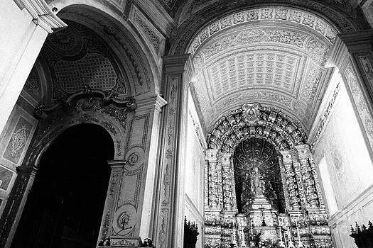 Gaspar Avila - Portuguese church