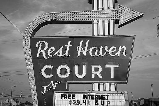 Frank Romeo - Route 66 - Rest Haven Motel
