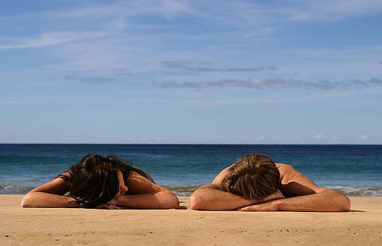 Noel Elliot - Sunbathers
