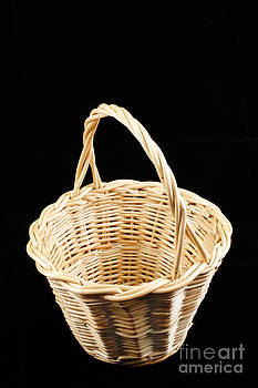 Gaspar Avila - Wicker basket