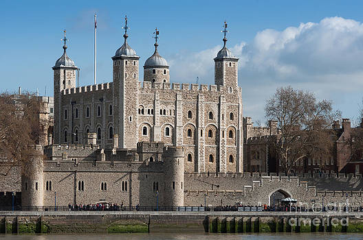 The Tower of London by Andrew  Michael
