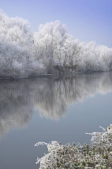 A frosty river Severn by Andrew  Michael