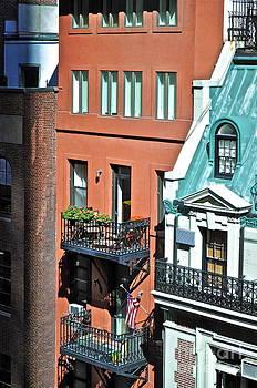 Gwyn Newcombe - Apartments Near MOMA