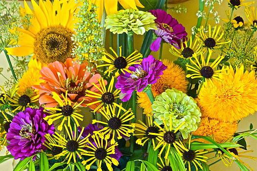 Byron Varvarigos - August TwentyTwelve Bouquet