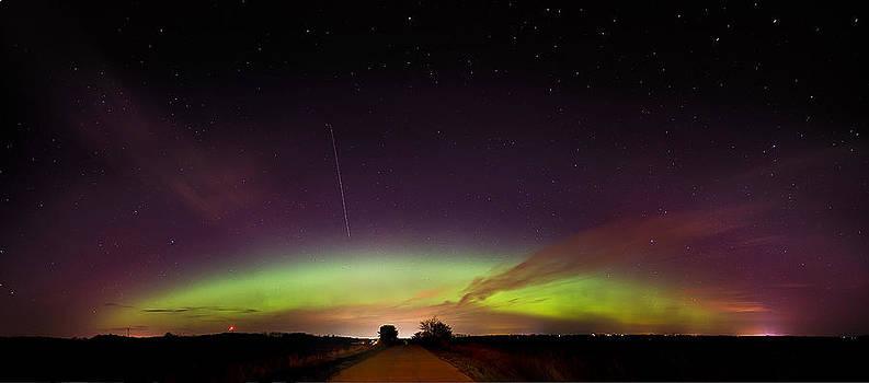 Aurora Borealis in April by Jennifer Brindley