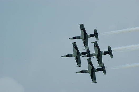 Awesome Jet Formation by Tony Hammer