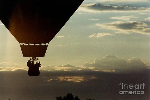 Balloon Adventure by Thomas Luca
