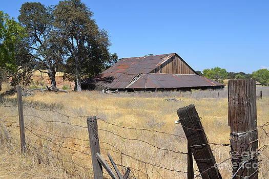 Barn II by Bob Rowell