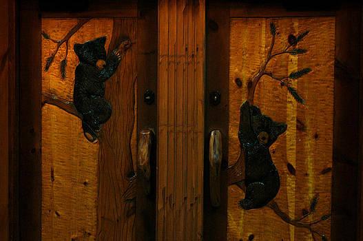 LeeAnn McLaneGoetz McLaneGoetzStudioLLCcom - Bear Doors Carved