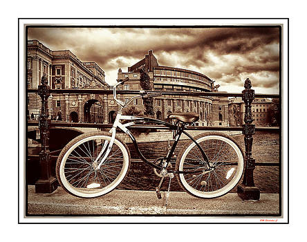Bicycle In Stockholm by SM Shahrokni