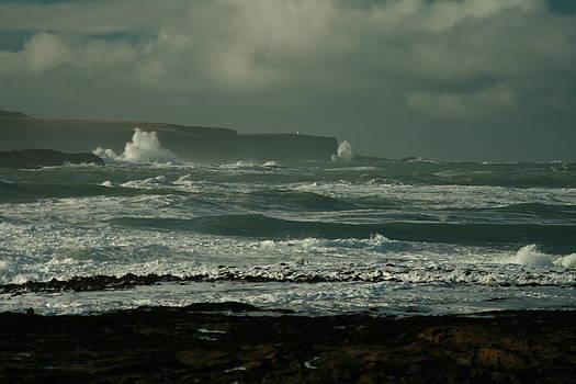 Terry Perham - Big sea. Slope point