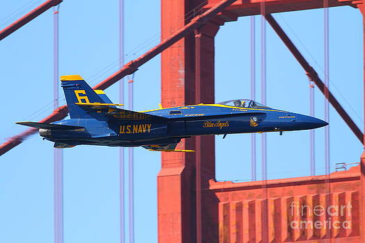 Wingsdomain Art and Photography - Blue Angels F-18 Super Hornet . 7D8055