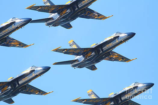 Wingsdomain Art and Photography - Blue Angels F-18 Super Hornet . 7D8129