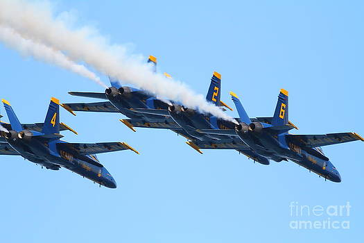 Wingsdomain Art and Photography - Blue Angels F-18 Super Hornet . 7D8136