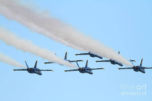 Wingsdomain Art and Photography - Blue Angels F-18 Super Hornet . 7D8141