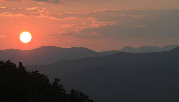 Blue Ridge Sunset by Lindy Brown