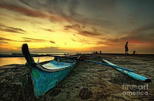 Break of Dawn by Jojie Alcantara