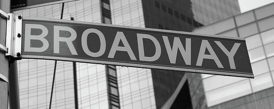 Broadway Sign by La Dolce Vita