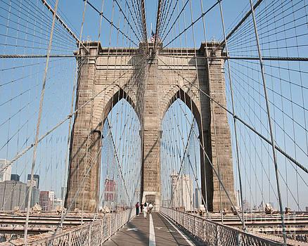 Brooklyn Bridge by Darwin Lopez
