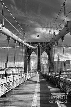 Chuck Kuhn - Brooklyn Brige BW II