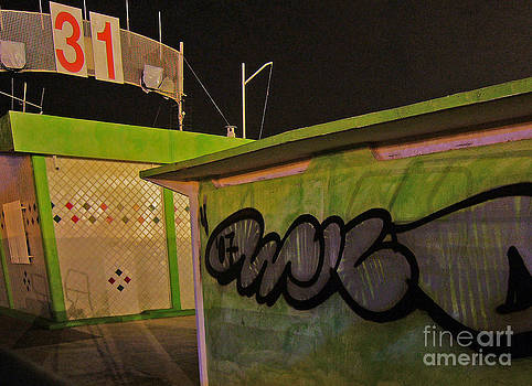Building 31 Rimini Beach Graffiti by Andy Prendy