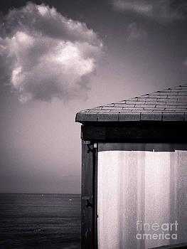 Silvia Ganora - Cabin with cloud