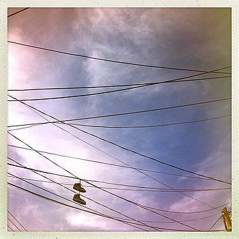 #cables #zapatos # #wires by Fernando Barroso