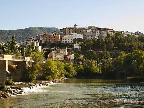 Caseda and Aragon River by Alfredo Rodriguez