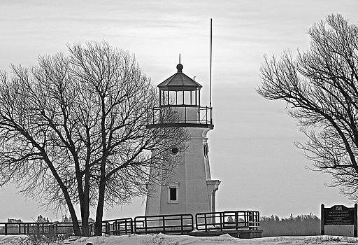 Michael Peychich - Cheboygan Harbor Light BW
