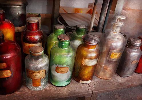 Mike Savad - Chemistry - Chemists Rainbow