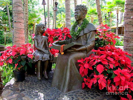 Mary Deal - Christmas in the Royal Hawaiian Gardens