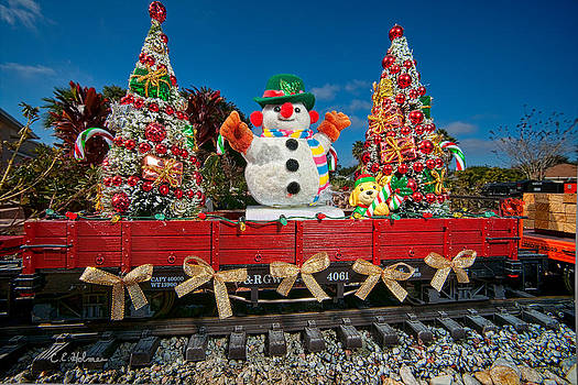 Christopher Holmes - Christmas Snowman On Rails