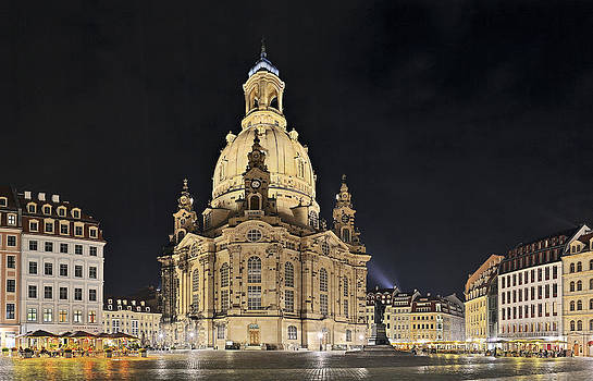 Church of our woman Dresden  by Travel Images Worldwide