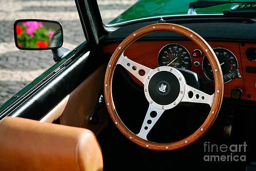 Gaspar Avila - Classic car