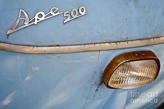 Classic Vespa Ape 500 by Arthur Hofer