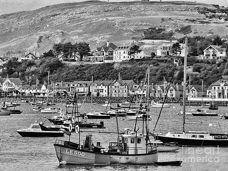 Conway Bay 2 by Graham Taylor