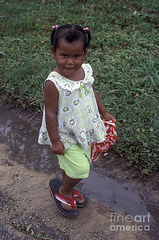 John  Mitchell - COY PANAMANIAN GIRL BOCAS DEL tORO