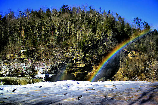 Matthew Winn - Cumberland Falls Rainbow