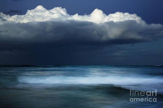 Charmian Vistaunet - Dark Ocean