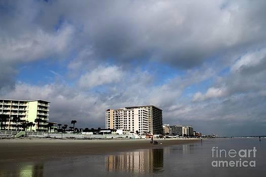 Daytona Beach by Theresa Willingham