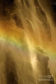 Adam Jewell - Devil In The Rainbow