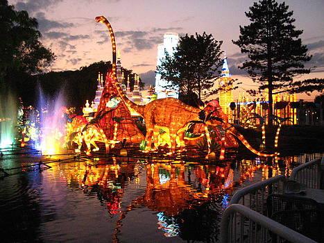 Alfred Ng - dinosaur lanterns