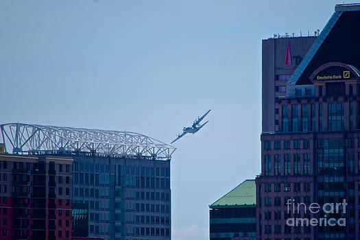 Mark Dodd - E-2C Hawkeye Over Baltimore
