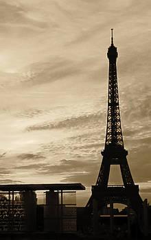 TONY GRIDER - Eiffel at Sunset