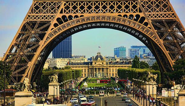 Chuck Kuhn - Eiffel Tower Arches