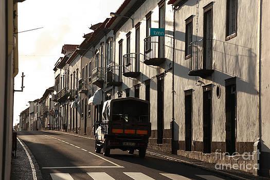 Gaspar Avila - Empty street